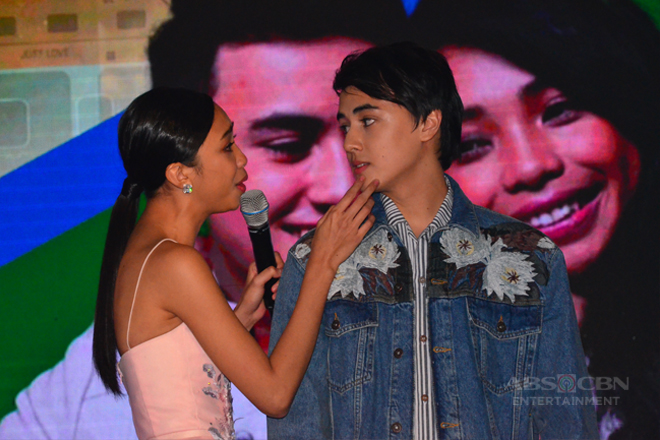 Just Love Araw Araw Fan Meet: MayWard sings