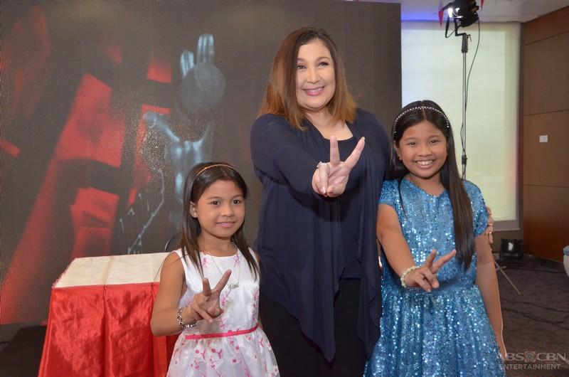 LOOK: The Megastar, Coach Sharon Cuneta flashes the iconic V sign