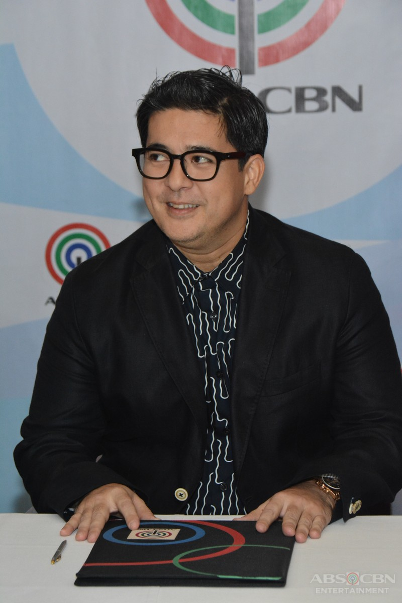 Aga-Muhlach-Contract-Signing-4