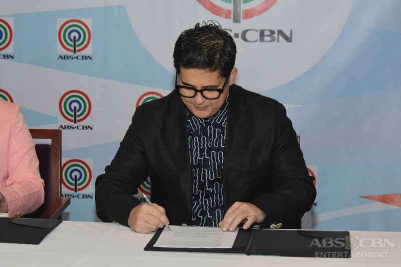 Aga-Muhlach-Contract-Signing-8