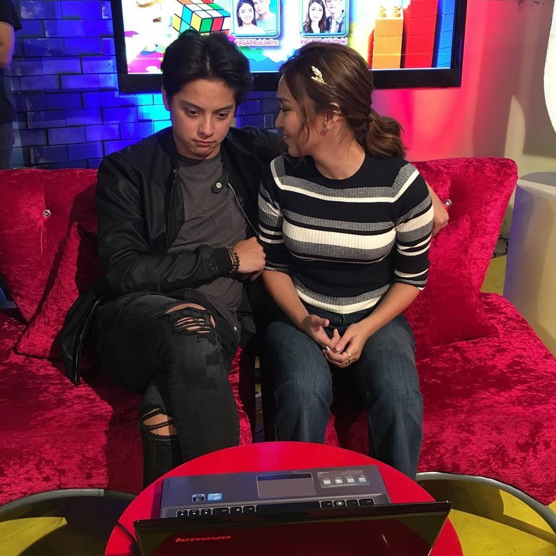 Stolen moments of Kathryn and Daniel that you should see