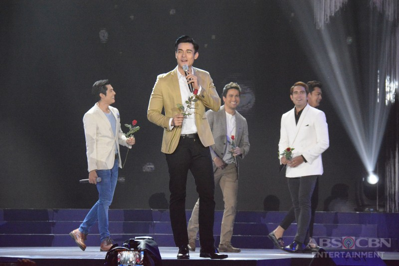 IN PHOTOS: Isang Pamilya Tayo: The ABS-CBN Christmas Special (PART 1)