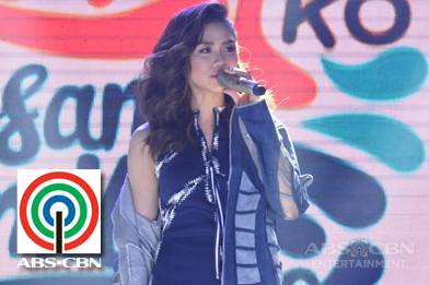 PHOTOS: Popstar Royalty Sarah Geronimo at Ikaw Ang Sunshine Ko, Isang Pamilya Tayo: The ABS-CBN Trade Event