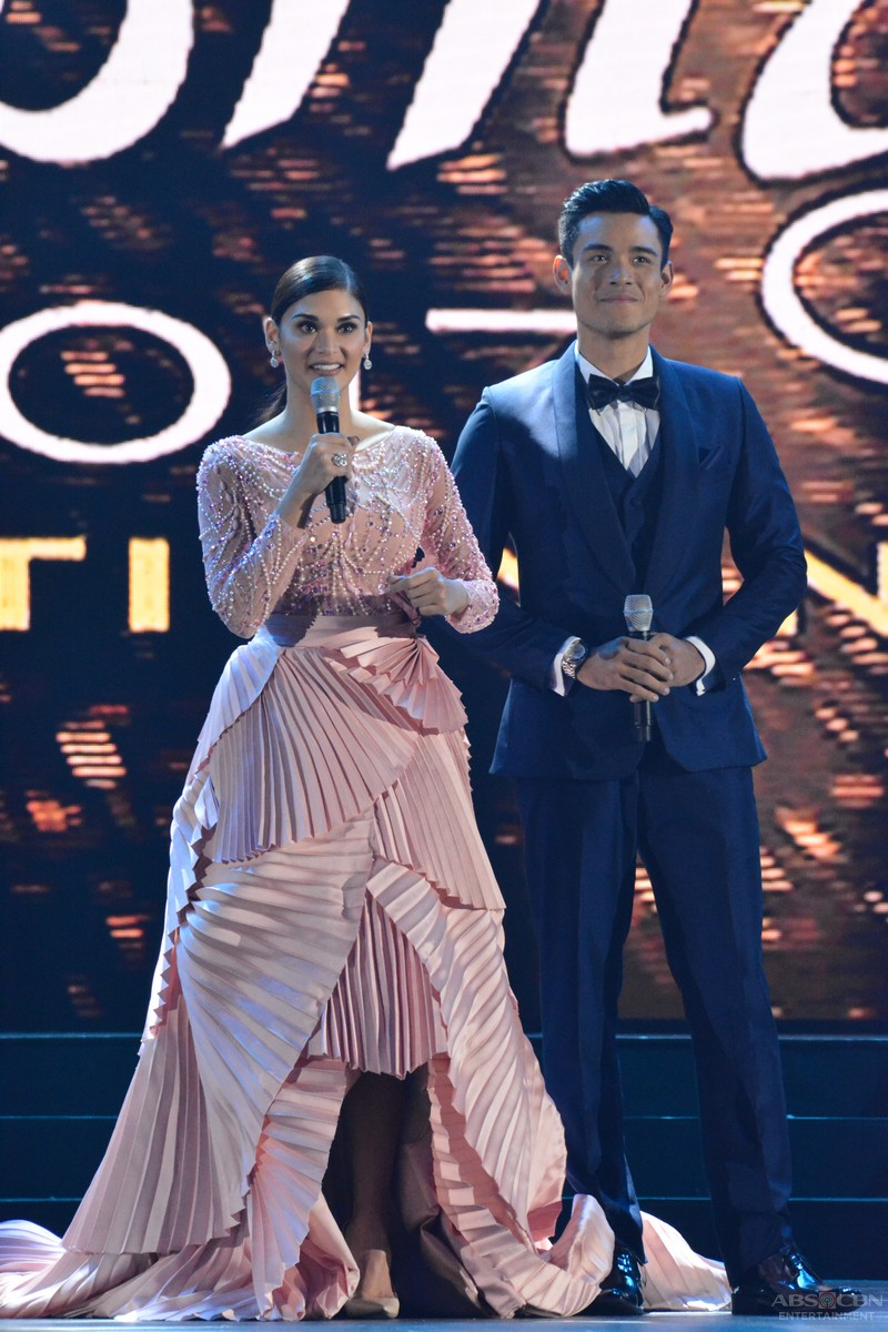 PHOTOS: Hosts Miss Universe 2015 Pia Wurtzbach & Xian Lim at the Binibining Pilipinas 2017 Coronation Night