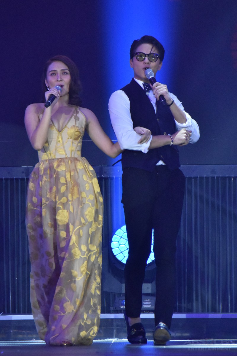 PHOTOS: The biggest Kapamilya stars gather on one stage to spread love at the Just Love: The ABS-CBN Christmas Special