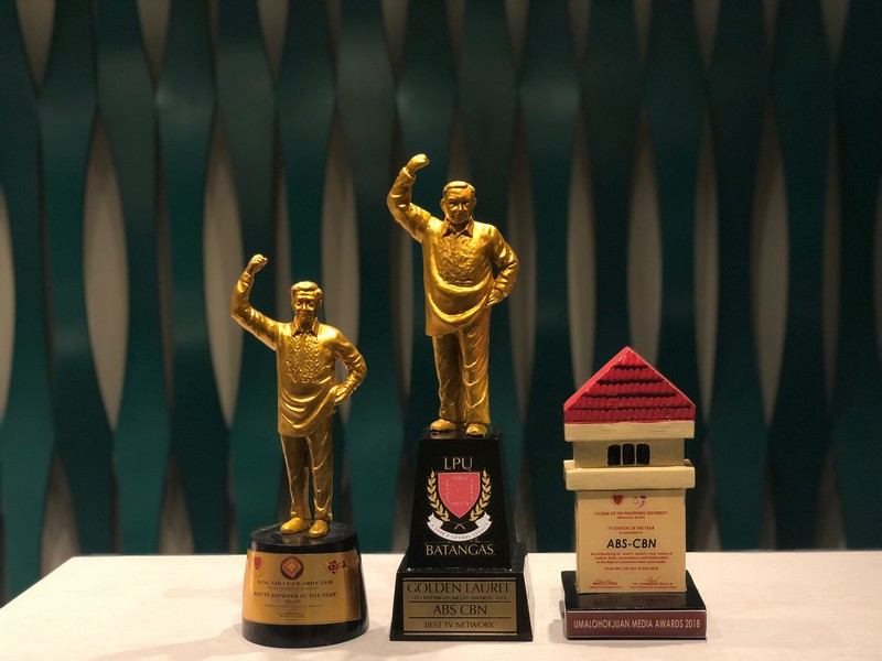 ABS-CBN named best TV station by Lyceum Batangas