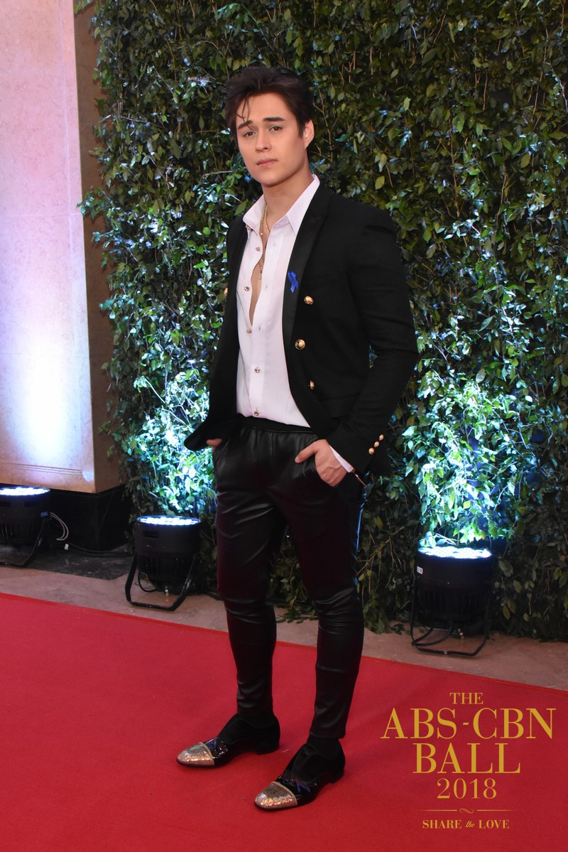 ABSCBN-BALL-RED-CARPET-100