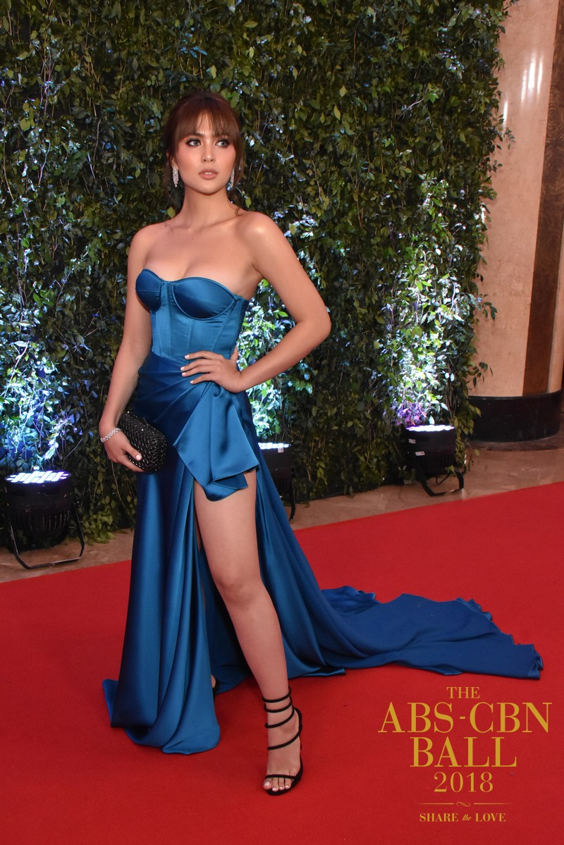 ABSCBN-BALL-RED-CARPET-70-SOFIA-ANDRES