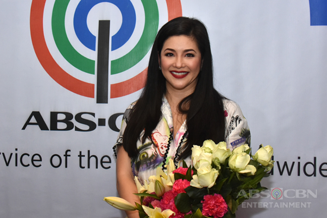 PHOTOS: Asia's Songbird Regine Velasquez-Alcasid inks contract with ABS-CBN
