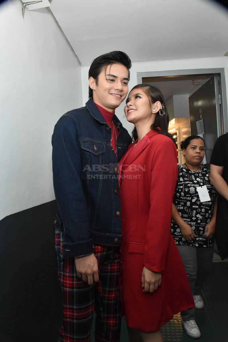 CAPTURED ON CAM: Love Team Kilig at the Family Is Love: The 2018 Christmas Concert