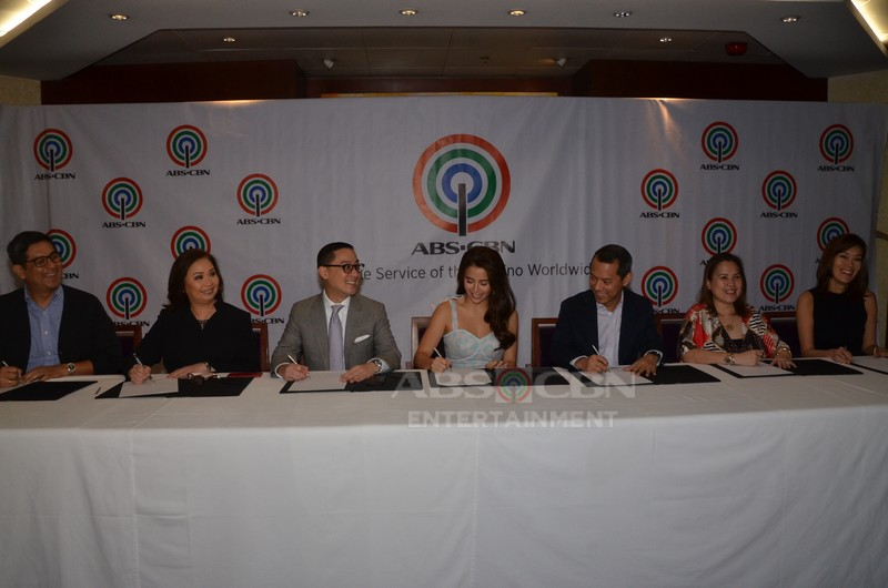 PHOTOS: Yassi Pressman inks contract with ABS-CBN