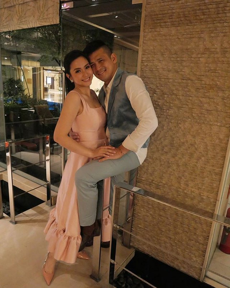 Photos of 28 Real Life Showbiz Couples That Will Restore Your Faith In Forever