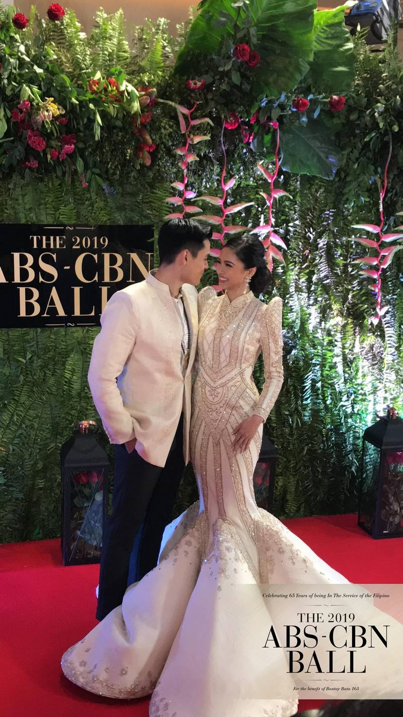 ABS-CBN BALL 2019: Kilig fest on the Red Carpet with Kapamilya love teams