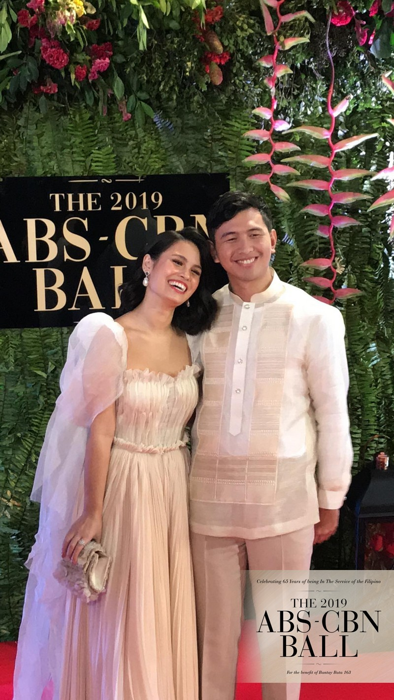 ABS-CBN Ball 2019: Real-life couples express genuine love in their captivating Red Carpet looks