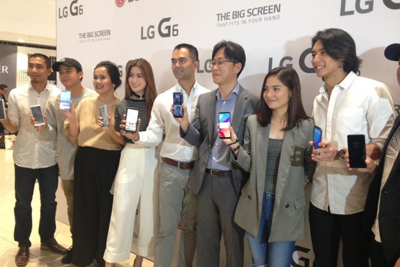 LG G6 breaks new grounds with innovative features  1