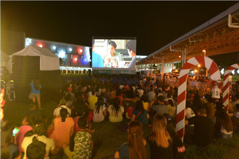 OPEN AIR CINEMA A Night of Movies Games and Family Fun Time 4