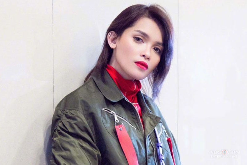 Philippines KZ Tandingan competes in China s Singer 2018  1