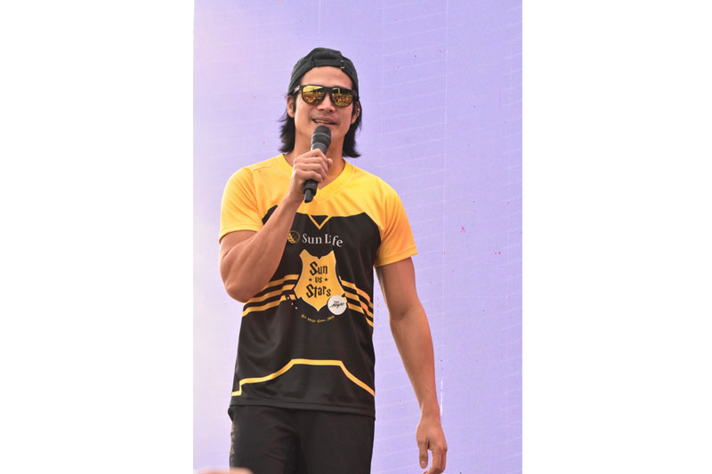 Piolo Pascual Gerald Anderson and other Star Magic celebrities talk health and fitness at Sun Vs Stars Sportsfest 1