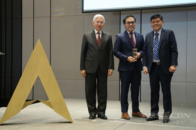 ABS-CBN, among Ph's top performing companies