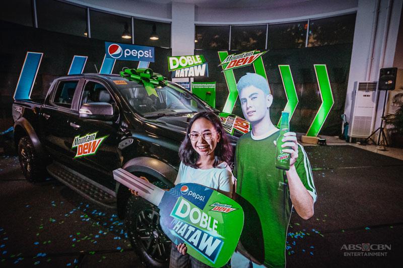DobleHataw Med student wins a Ford Ranger Raptor rewards it to her dad 5
