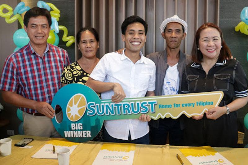 Suntrust welcomes its new homeowners Yamyam Kiara and Yen 3