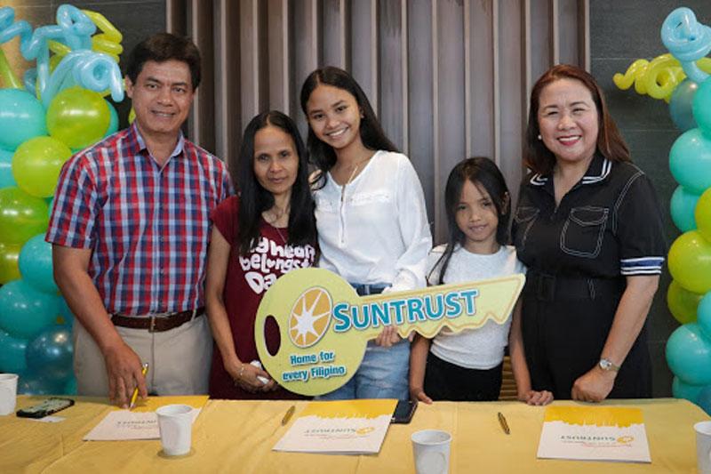 Suntrust welcomes its new homeowners Yamyam Kiara and Yen 7