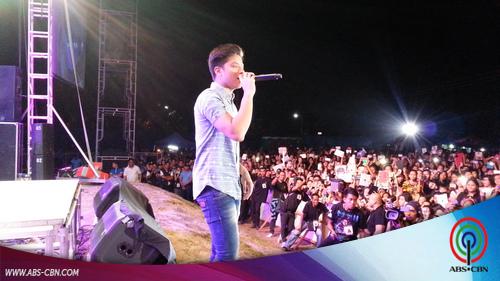 Concert ni Daniel sa Pampanga, dinagsa ng mga fans