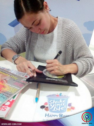 Jodi's booksigning & opening Happy Barn's new branch