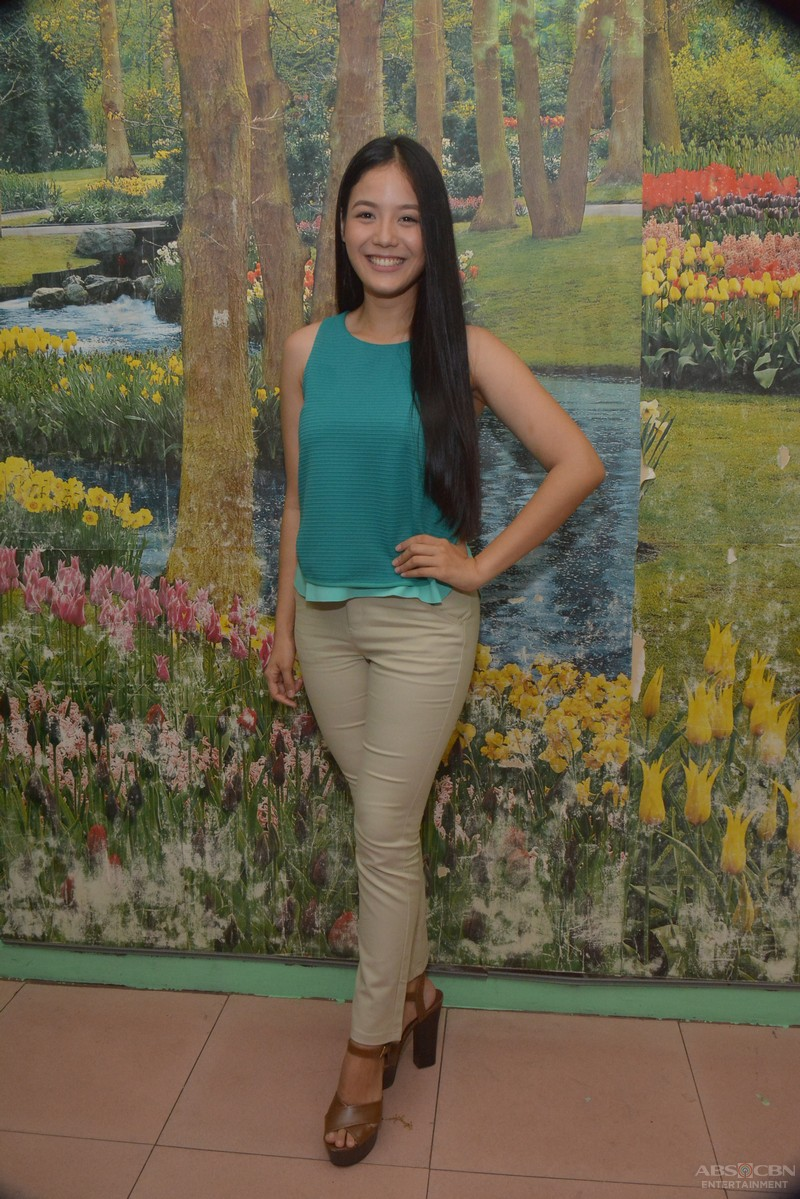 LOOK: 6 Beauty Queen poses of Ritz Azul